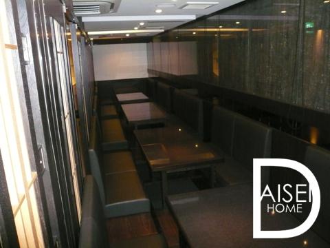 高級ふぐ店跡、2F部分はボックス席(掘りごたつ)の内装です。